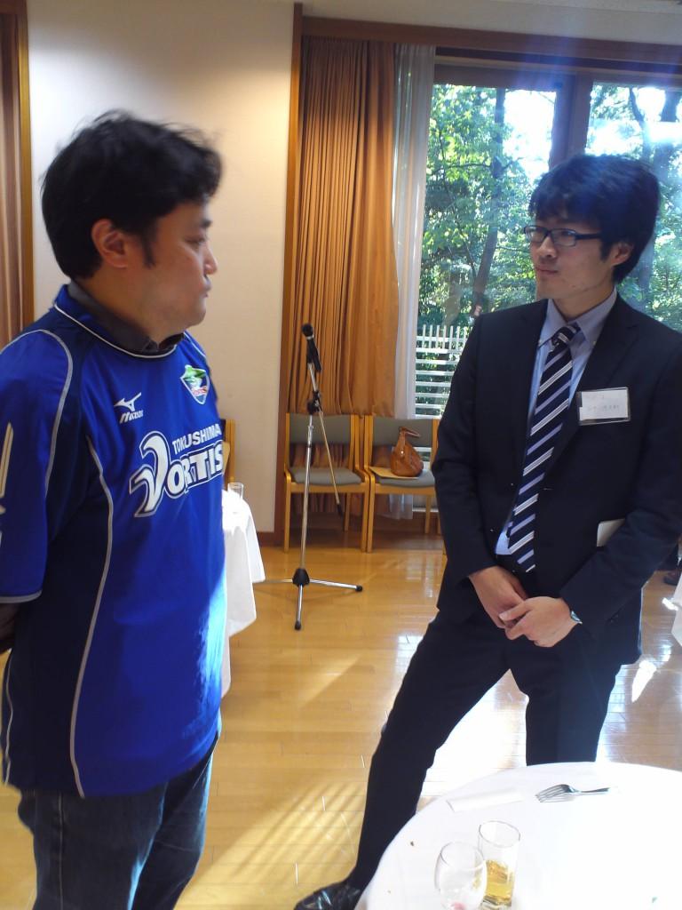 徳島ヴォルティスのユニフォームを着て出席された吉積情報株式会社の代表取締役の吉積礼敏先輩